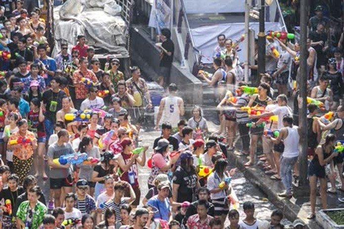 Khaosan Road skips Songkran this year to prepare for coronation