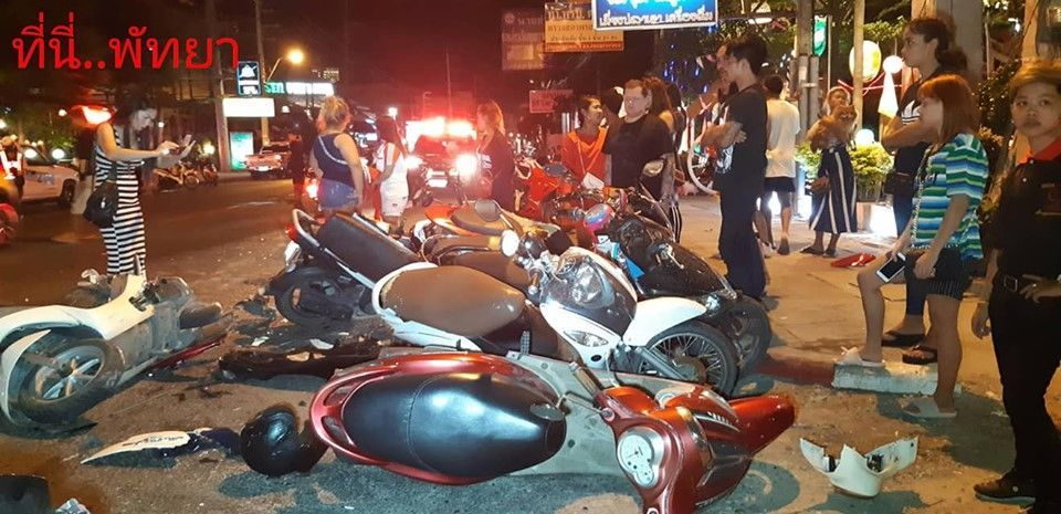 Car crashes into 11 parked motorcycles in Pattaya