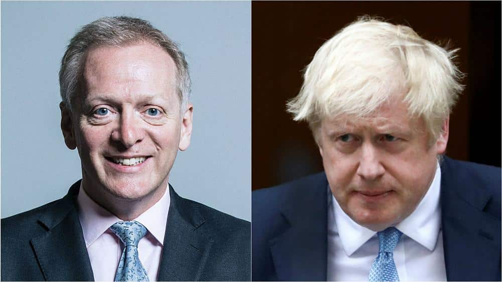 Boris Johnson loses parliamentary majority after MP Phillip Lee defects to Lib Dems