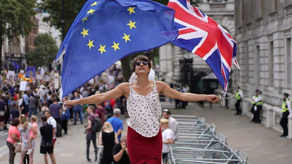 Rebel UK lawmakers unveil bill to stop no-deal Brexit