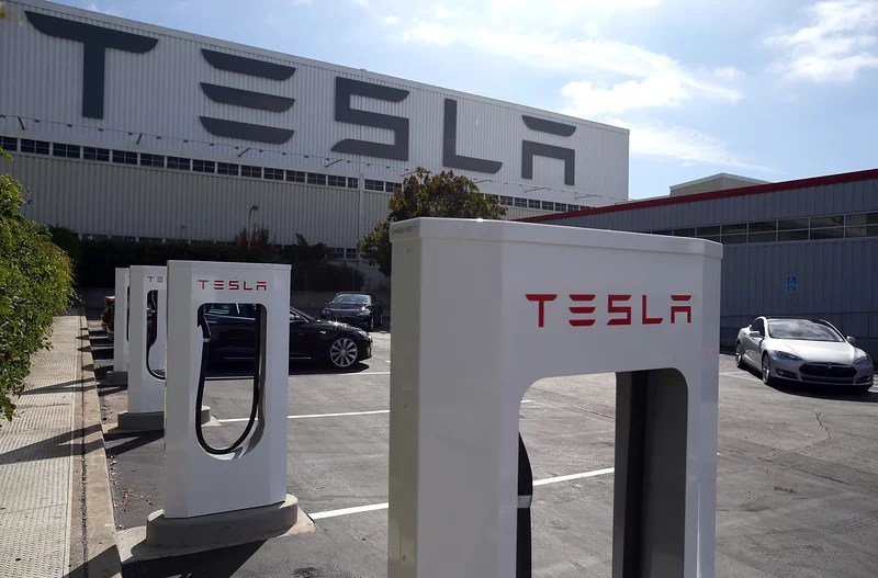 Tesla must pay $137 million Black employee who sued racial discrimination