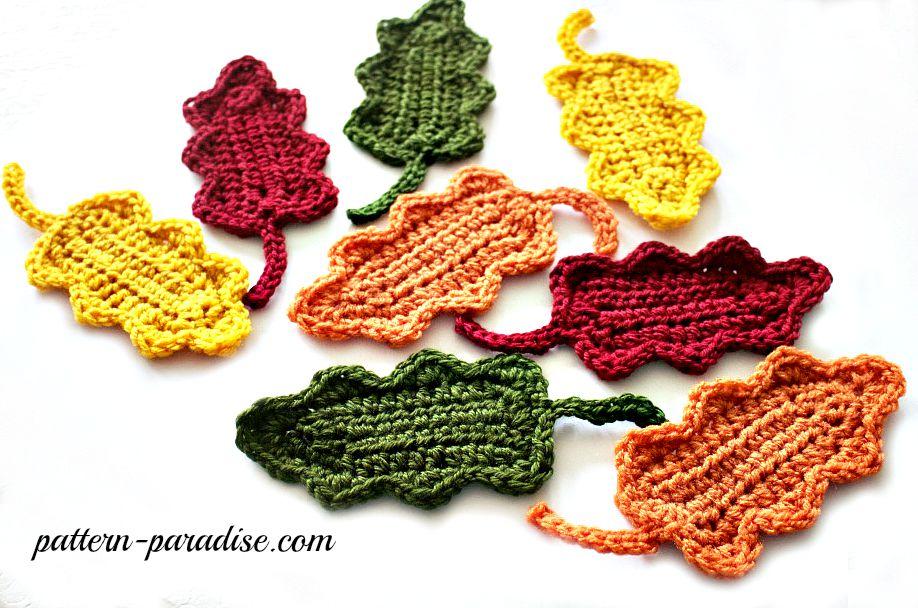 Fall Oak Leaves by Pattern-Paradise.com