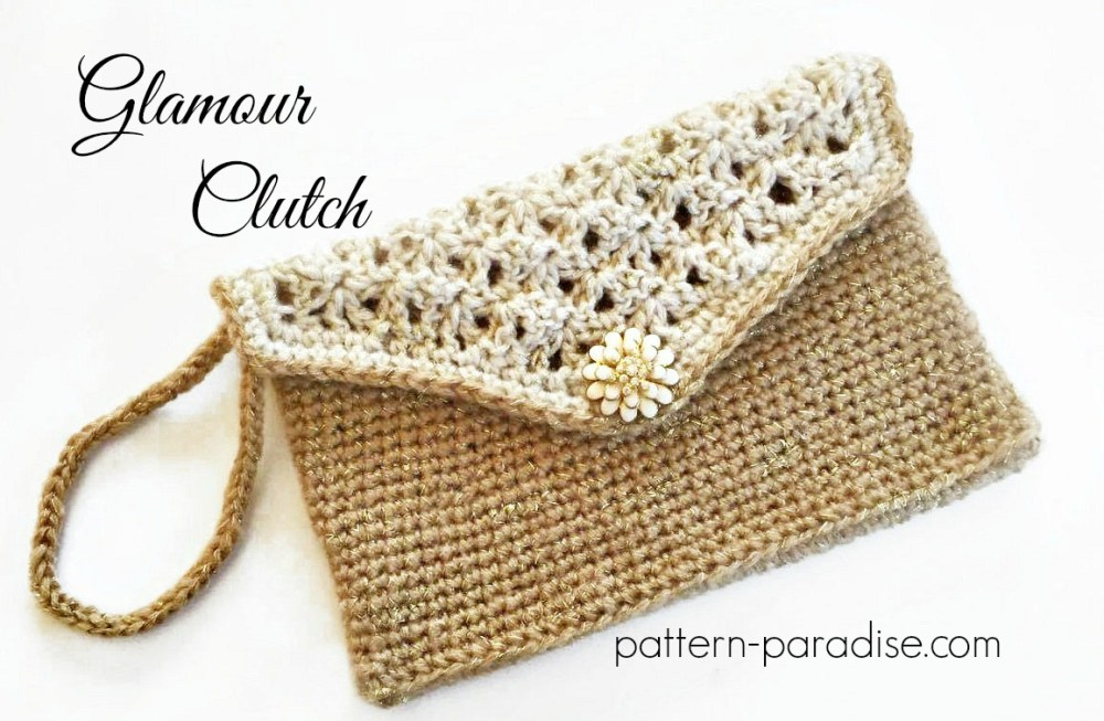 Crochet Pattern Glamour Clutch #12WeeksChristmasCAL on Pattern-Paradise.com