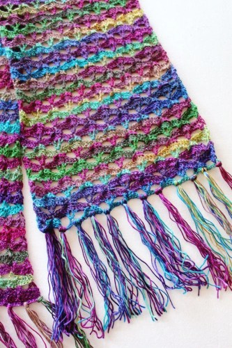 Free crochet pattern: Autumn Sunset Super Scarf by Pattern-Paradise.com