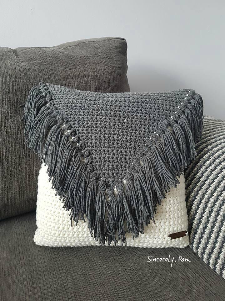 #CelebrateMomCAL – My Favorite Pillow