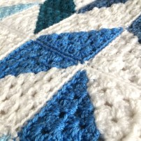 patternpiper blue and white herringbone blanket_