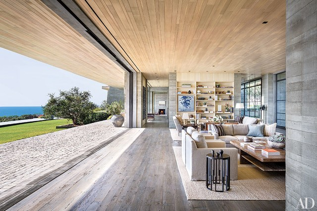10 Enviable Indoor/Outdoor Living Spaces - patterns & prosecco on Enclosed Outdoor Living Spaces  id=59440