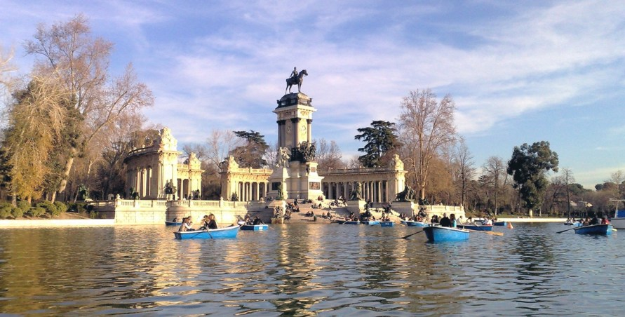 stockvault-parque-del-retiro-madrid-spain130384