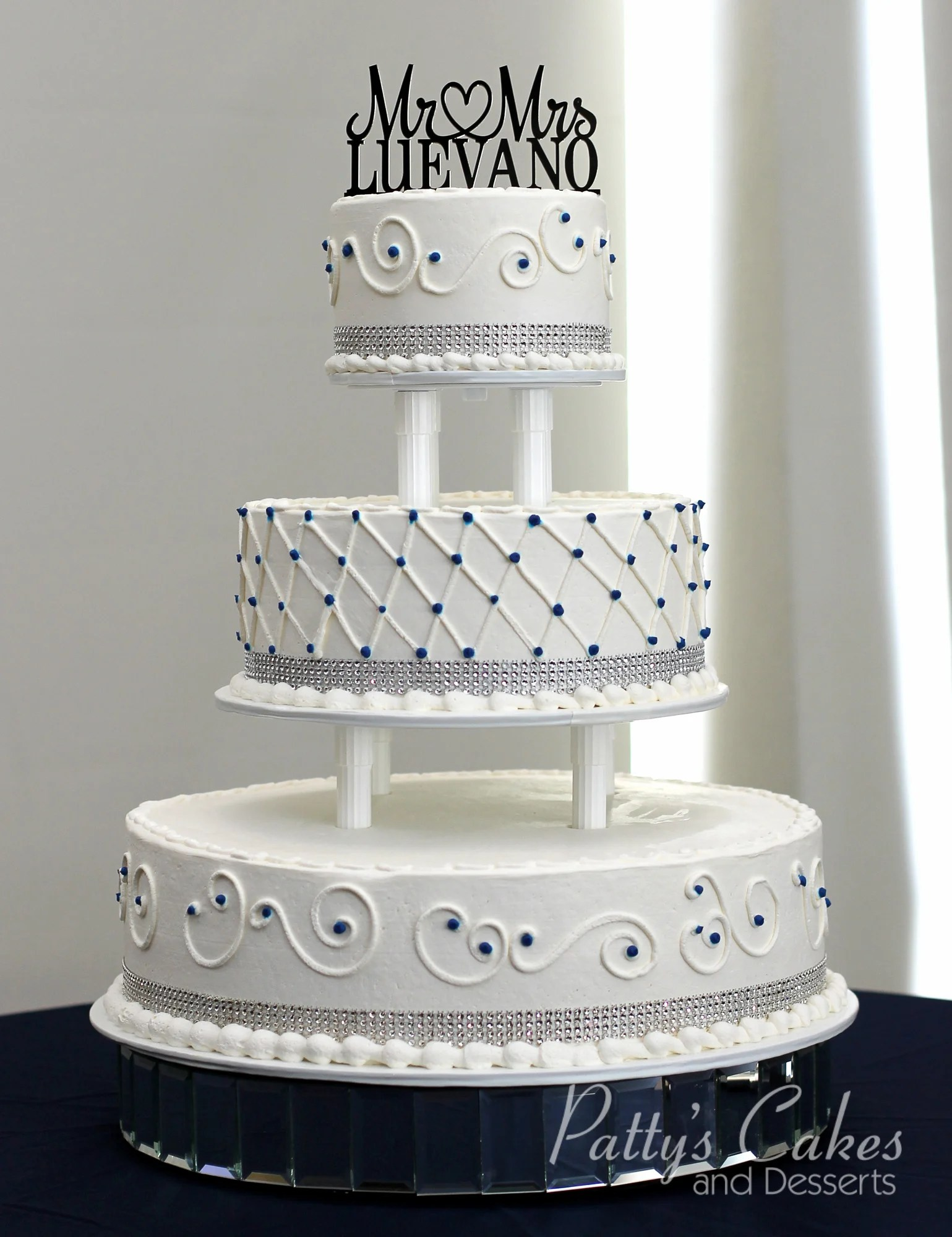 Photo Of A Tiered Wedding Cake