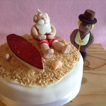 Decorated Christmas cake - Santa on the beach