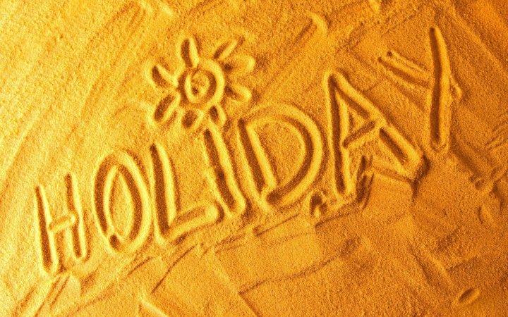 logo holiday