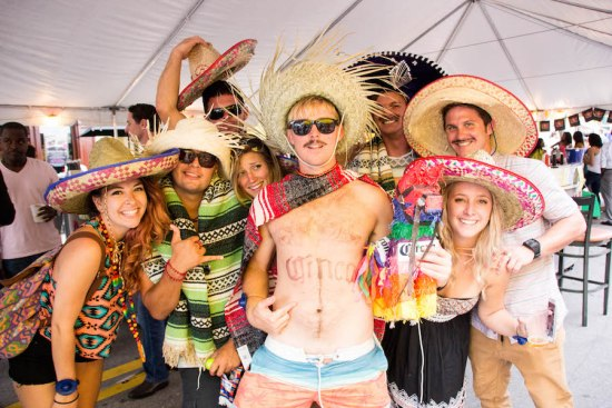 Roccos-Tacos-Cinco-De-Mayo-Block-Party-3