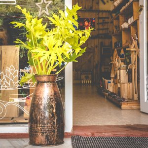 Metal Vase (Big)
