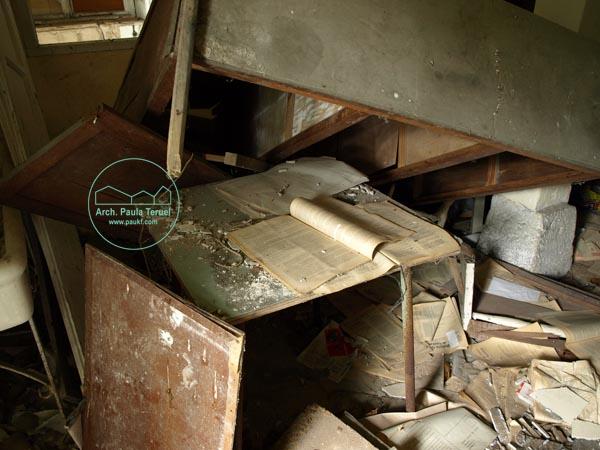 Isla de Pedrosa 2009 by Paukf composicion photo foto photography architect paula teruel santander ruina ruin architecture photography lugares abandonados