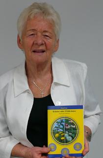 Paula Flum, Ernährungstherapeutin, Autorin von 14 Büchern über gesunde Ernährung, Naturheilkunde und biologischer Gartenbau