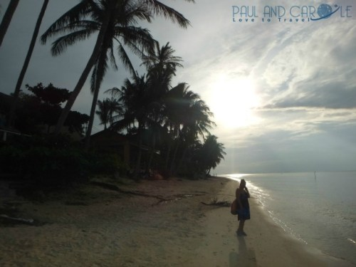 Guide to the best beautiful beaches of Koh Samui Thailand by Paul and Carole Bang Por sunset