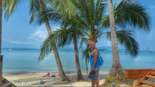 Guide to the best beautiful beaches of Koh Samui Thailand by Paul and Carole first bangrak beach