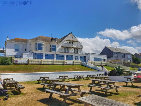 Beachside Holiday Park Hayle Cornwall Review #travel #uk #england #cornwall #hayle #camping #campsite #holiday #park#beachside #travelling #travellers #beach #review #paul #carole #bluff #pub