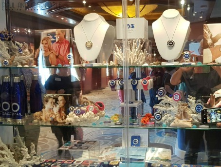 ocean medallion shopping accesories crown princess cruises cruising #oceanmedallion #princesscruises #choosecruise #cruise #oceanready #crownprincess