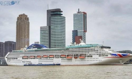 P&O Oceana in port #largestport #pandooceana #cruise #cruising #seetheworld