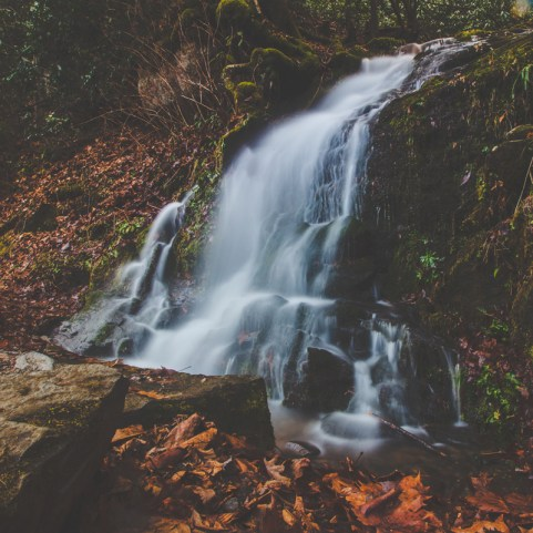 smoky-mountains-waterfall-photography