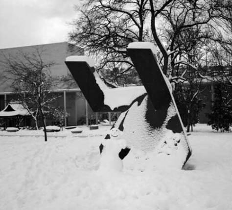 1980_b-shaw-w-moses-snowman-mr