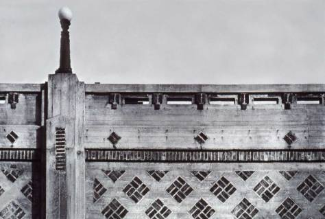 For comparison a section of the west face of the Queen Anne Boulevard retaining wall (1913), another Willcox design.
