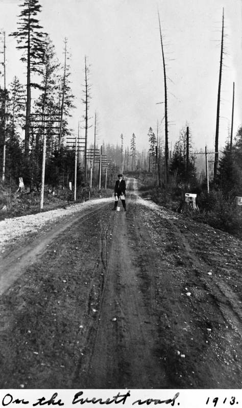 Somewhere on the road to Everett from Seattle in 1913.