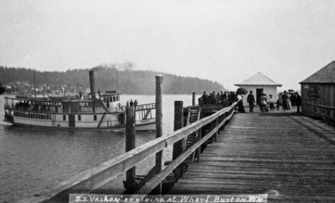 The S.S. Vashon arriving at Burton.