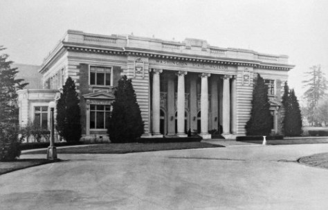 In    the Washington State Building got its last tenant, the Washington State Museum, forbear of the on-campus Burke Museum.