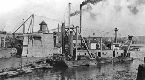 xa-1916 Fremont-Brdg-ConstructionTHEN-WEB