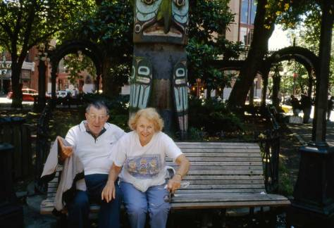 9.-Pioneer-Square-totem-with-couple-on-bench-ca-94-or-96-WEB