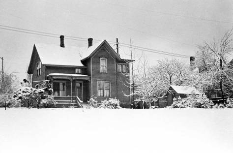 Campbell-home-in-snow-WEB
