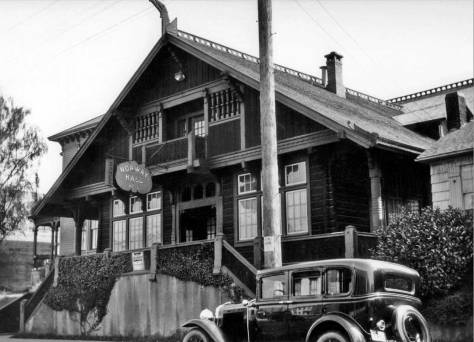 Although the timing for this portrait of Norway Hall must be estimated from the motorcar park in front of it, in 1915 the hall's location was already surrounded by a developed Cascade Neighborhood, like this one.