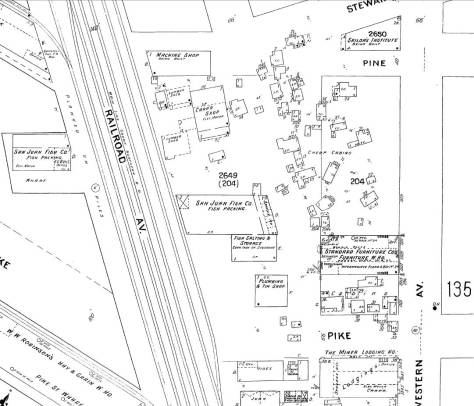 """The featured photo in the insertion just above was photographed from the Standard Furniture Co. building, which can be found in the accompanying 1904-5 Sanborn map on the west side of Western Avenue, second lot north of Pike Street.  Some of the """"cheap cabins' sketched north of the furniture co. building match - with some imagination - the modest dwelling showing in the featured photo between Standard Furniture and the Seamen's Institute."""