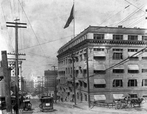 Yesler-lk-w-fm-5th-w-city-hall-WEB