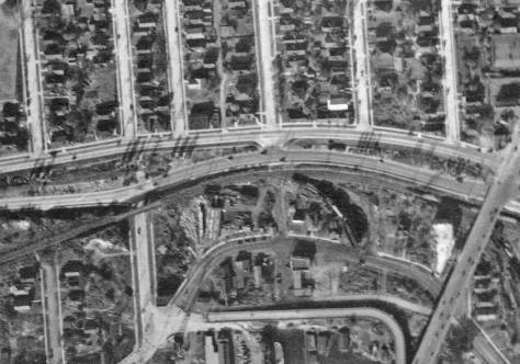 Detail from the 1929 aerial, with the Wallingford Wall replaced by the steep grade separation on N.E. 40th Street, left-of-center.