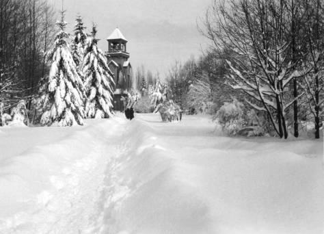 clip. Blenthen-snow-Chimes-THEN-WEB