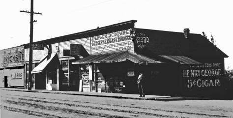 The southwest corner of Mercer and Eastlake, ca. 1911.