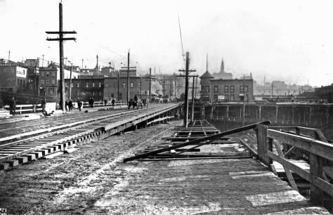clip-1906-jackson-east-fm-4th-web