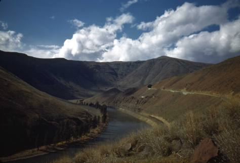 Scene in the Yakima River Canyon, photographed by Horace Sykes ca. 1947.
