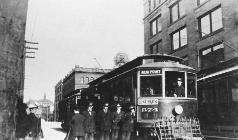 x-luna-park-trolley-on-jackson-1908-web