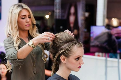On trend mixed sized braids