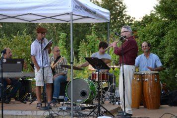 Habib reads with the Jim O'Halloran Quintet
