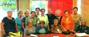 El grupo de A.I.C. y el párroco de San Vicente de Paúl, P. Javier Barrera