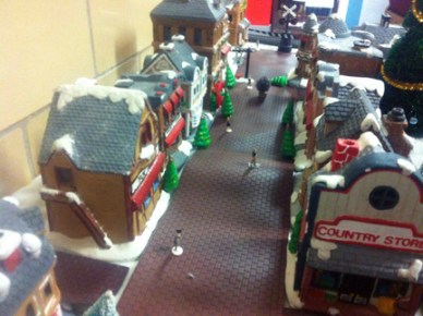Christmas Town / Train: Main Street