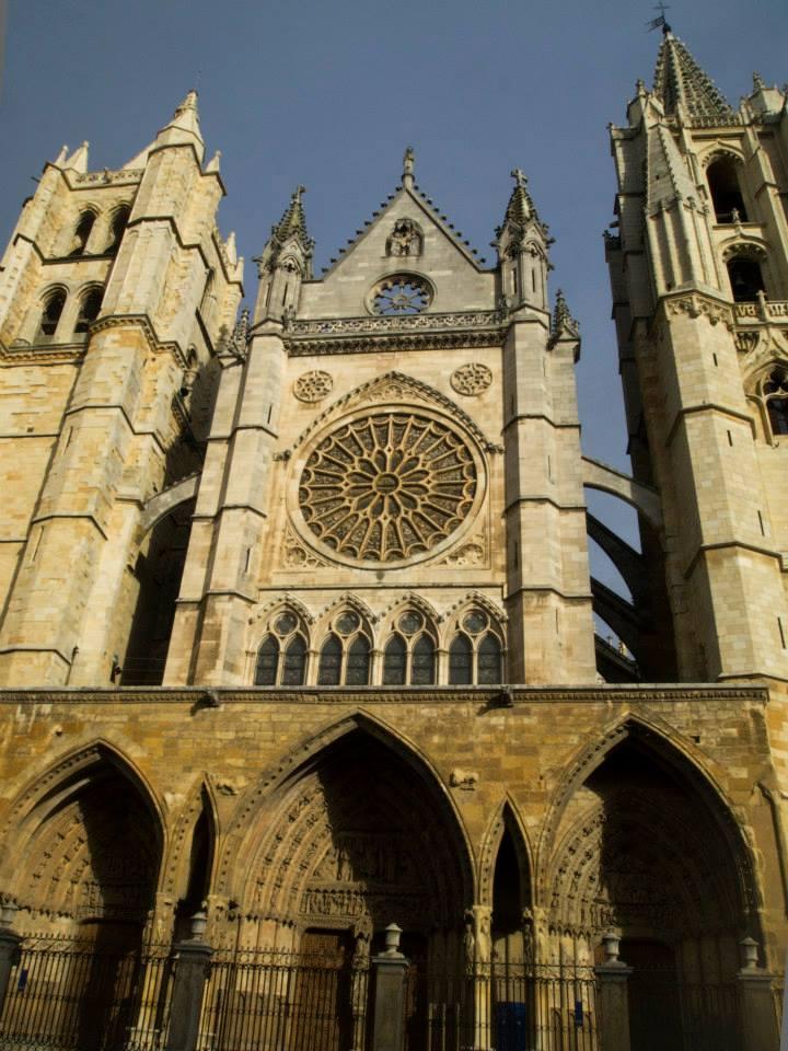 Fachada oeste de la Catedral de León