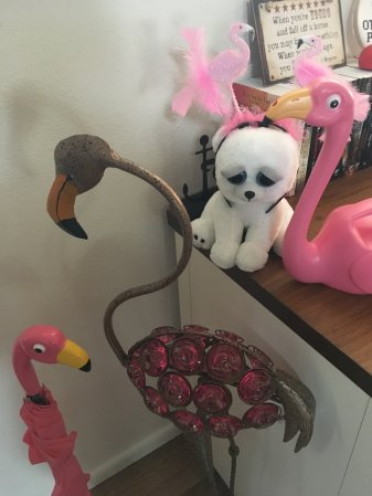 flamingo kitsch