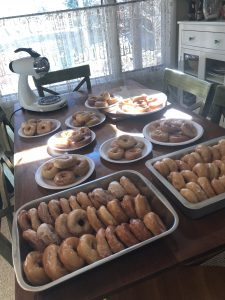 yes, that is a lot of donuts!