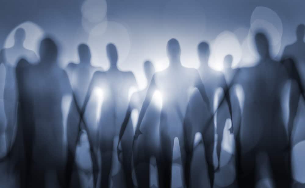 blurry aliens